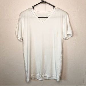Pair of Thieves Classic V-neck Tee